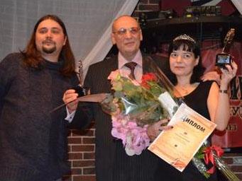 Вручение награды «Лучшее перо – 2012» на литературном вечере в кафе «Алиби»