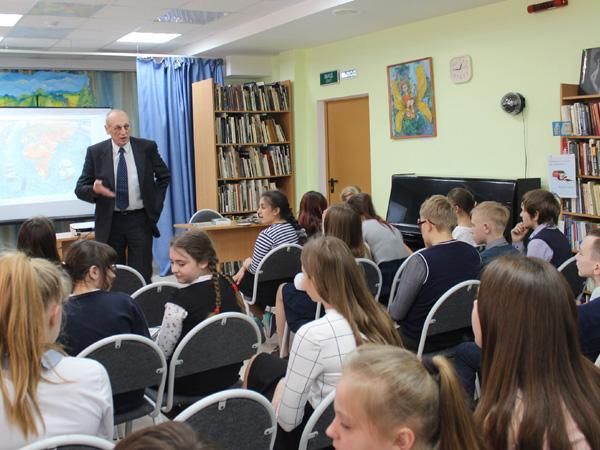 Встреча с юными читателями в Книготеке на Советской